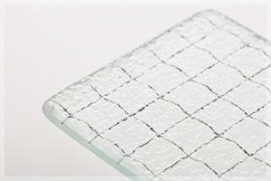 網入り型板ガラス(クロス)